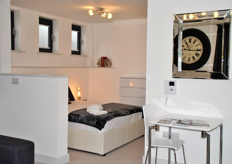 Bedroom 1 | Sheet Street - 1 bedroom property in Windsor UK
