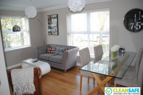 Stylish short term rental apartment Windsor