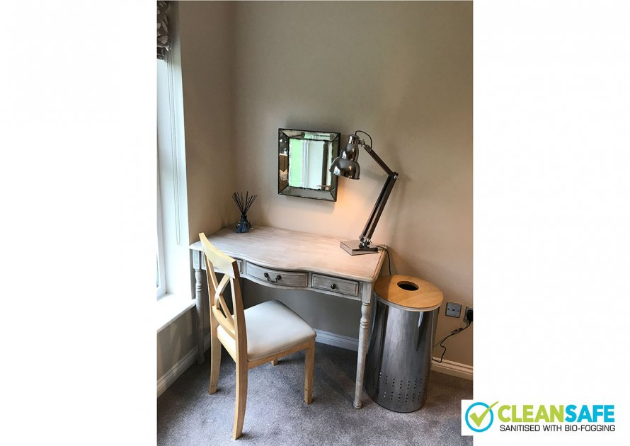 Clarendon Court - 2 bedroom property in Windsor UK