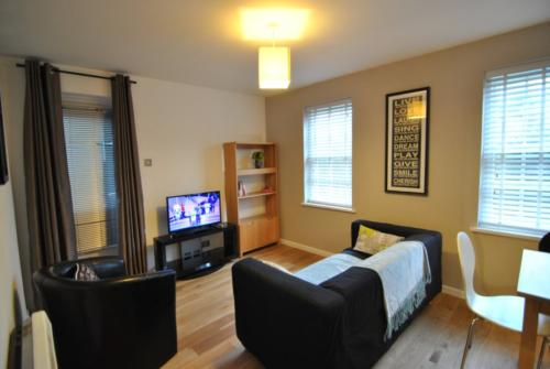 Amazing value!  Two bed short let apartment in Windsor