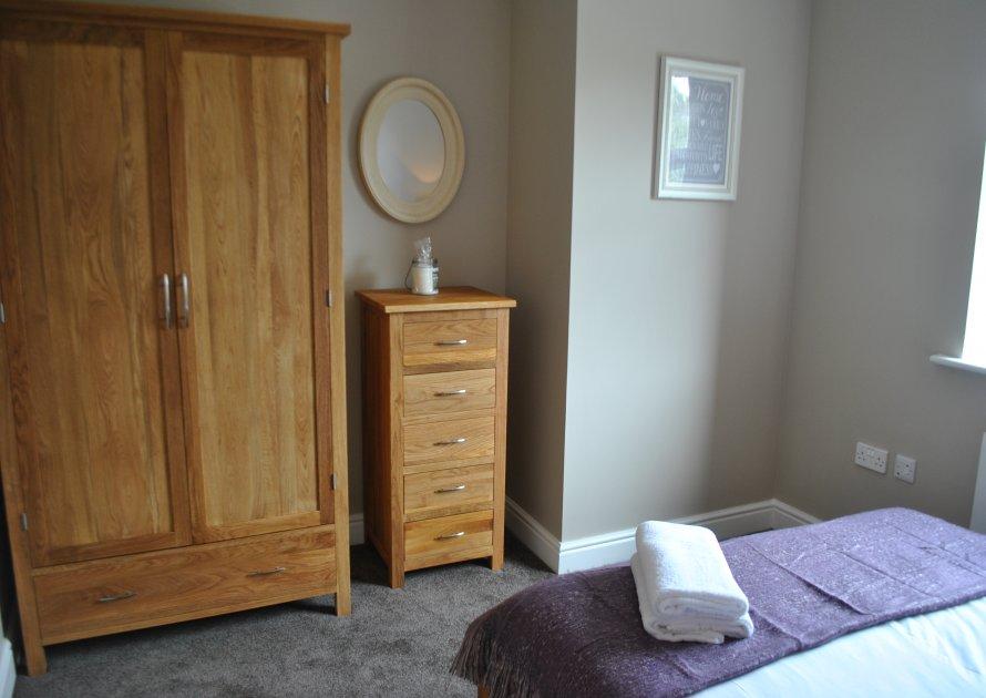 Lord Raglan House - 2 bedroom property in Windsor UK
