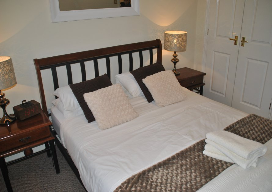 Knights Place - 2 bedroom property in Windsor UK