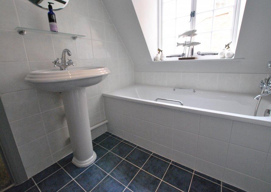 Kingstable Street - 2 bedroom property in Eton UK