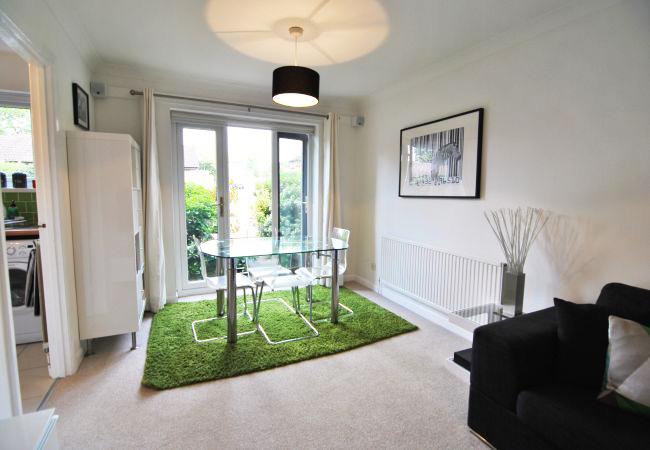 Imperial Court - 1 bedroom property in Windsor UK