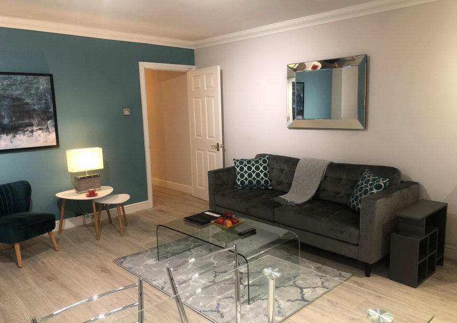 Elizabeth Court - 2 bedroom property in Windsor UK