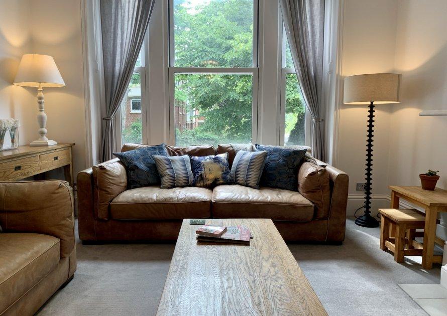 Alma Road - 4 bedroom property in Windsor UK