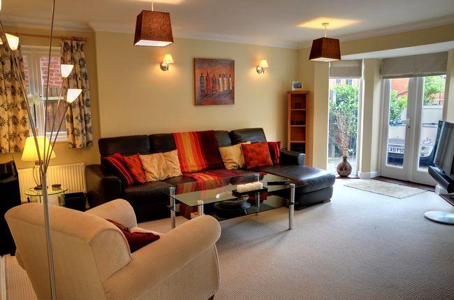 Longbourn - 2 bedroom property in Windsor UK