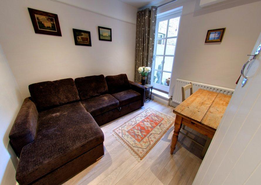 Kings Road - 3 bedroom property in Windsor UK
