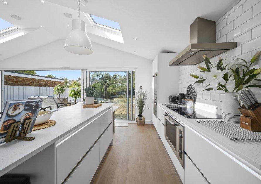 Clarence Road - 5 bedroom property in Windsor UK