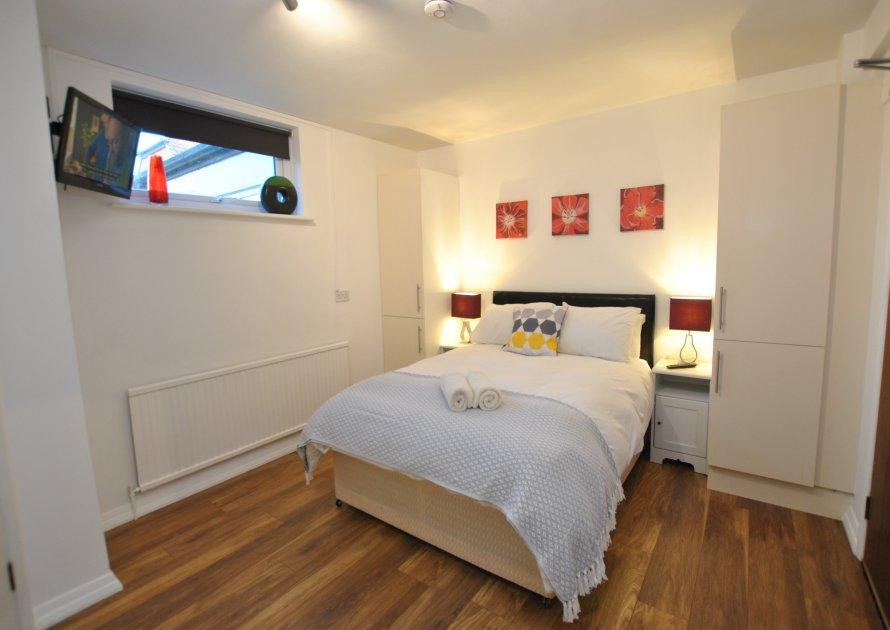 Studio 4 - 1 bedroom property in West Windsor UK