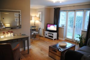 Elizabeth Court Serviced Apartment near Heathrow