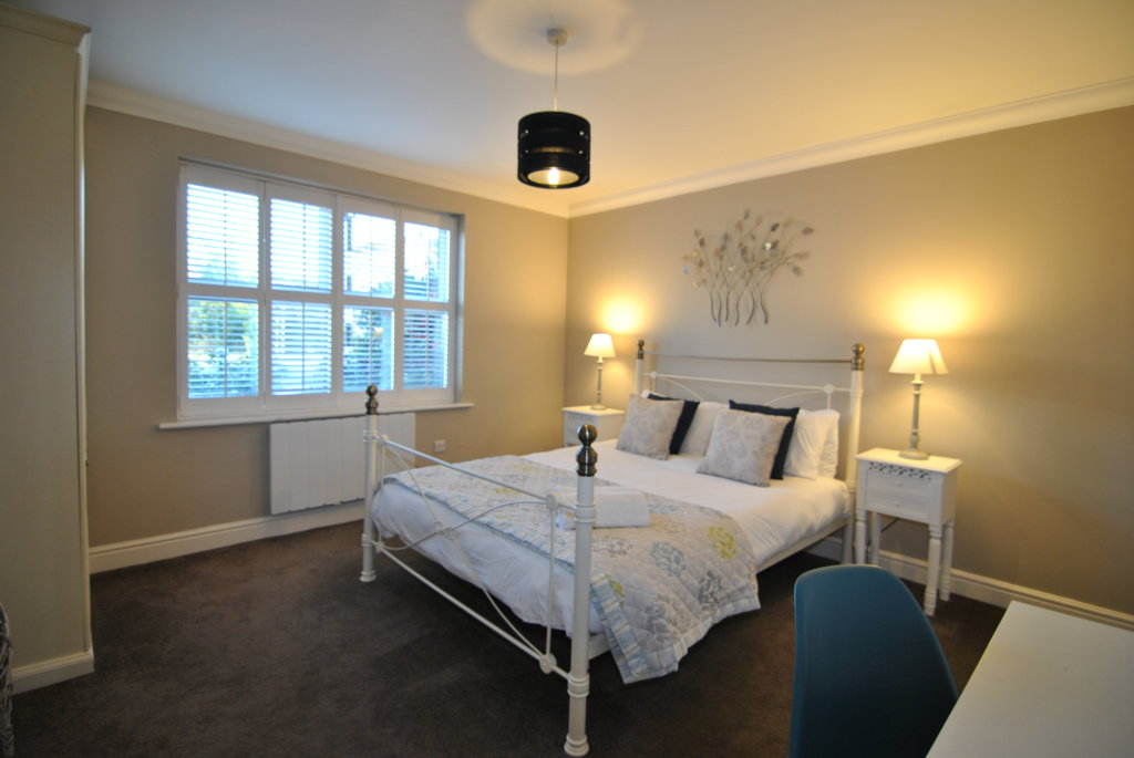 Lord Raglan House executive apartments Windsor for short term lets