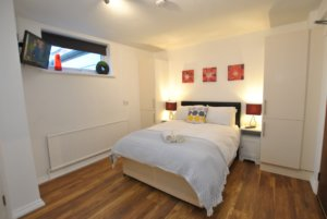 studio apartments windsor, short let studios windsor, contractor accommodation windsor