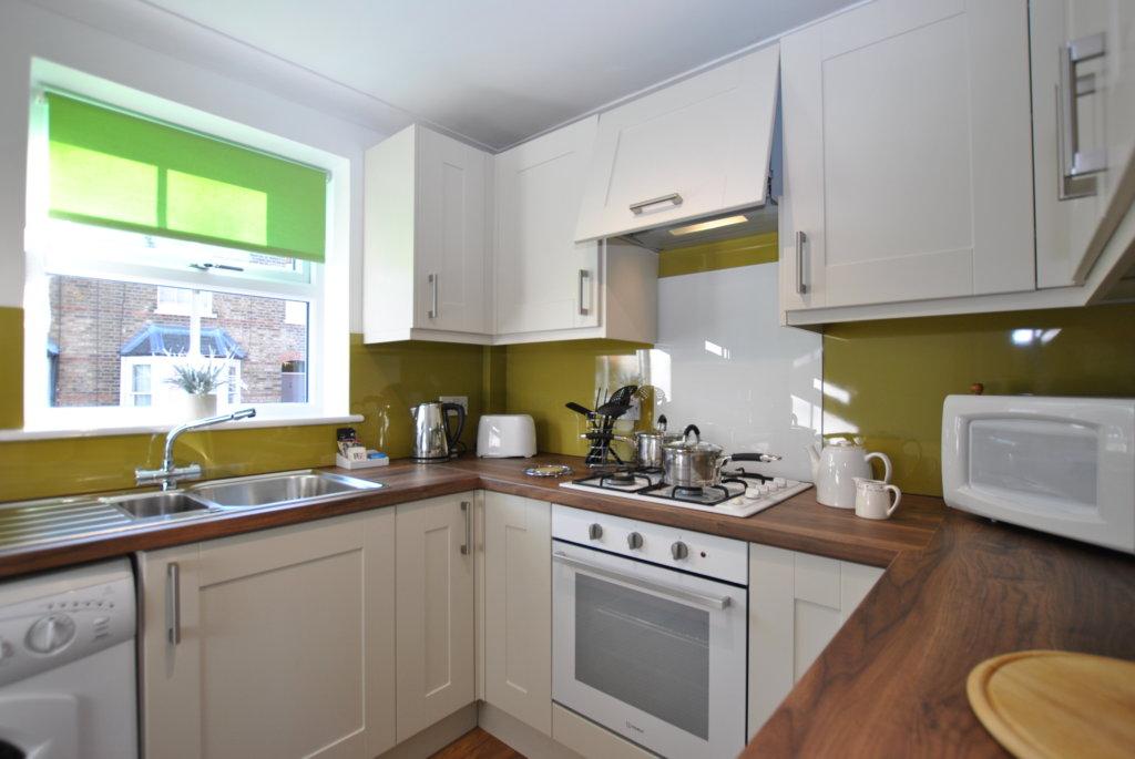 Windsor apartment kitchen