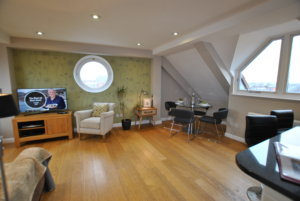 The Courtyard penthouse Windsor self catering